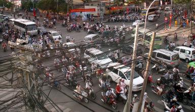 Un carrefour à Saïgon au sud du Vietnam.